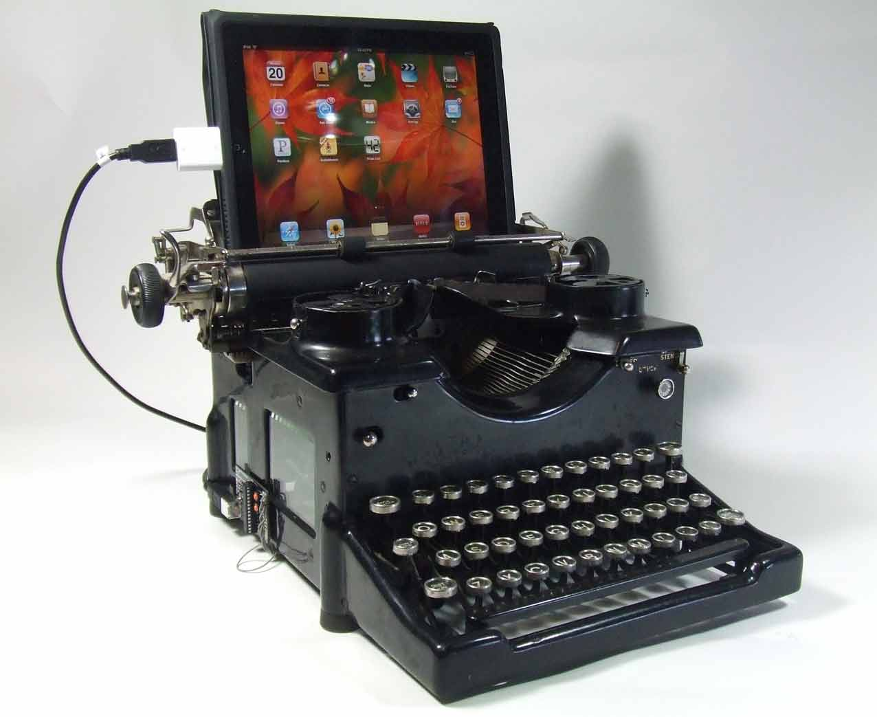 computer and typewriter From the 'writing machine' to the computer keyboard: the evolution of the typewriter remember being able to type a document without constant distractions from.